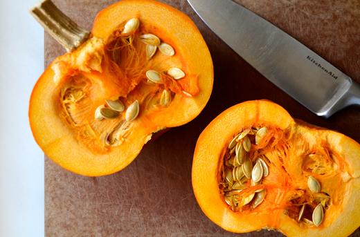 2_halved-pumpkins