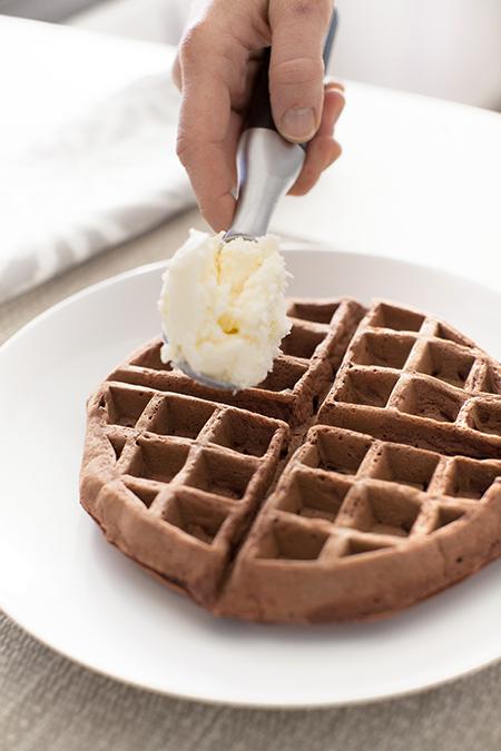 Annie-Selke-red-velvet-waffle-recipe-15