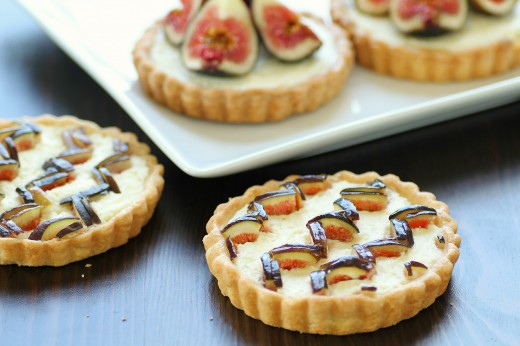 Chevron Fig Tart sm