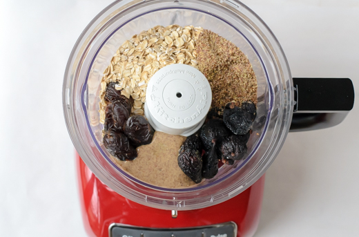 Fig-and-Almond-Energy-Bites-Food-Processor