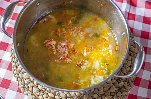 Seafood-Pot_SeafoodCornChowder