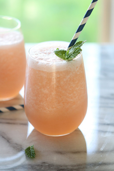 Blended Grapefruit Limeade Smoothies Recipe