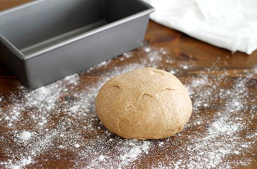 bread_7_Best-Flours-for-Baking-Bread