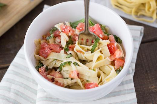 gluten-free-caprese-pasta-2