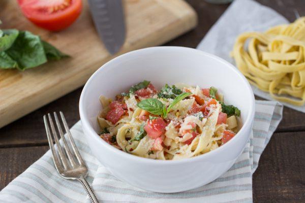 gluten-free-caprese-pasta-hero